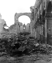 The Hildesheim Cathedral after being destroyed in 1945.
