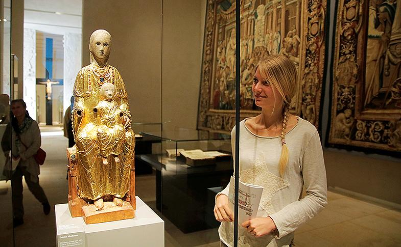 Die Goldene Madonna im Dommuseum