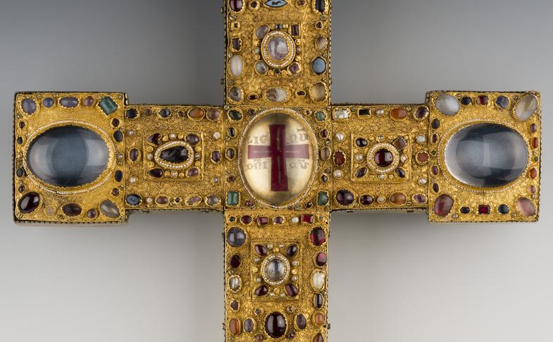 Das Bernwardkreuz aus dem Hildesheimer Domschatz.