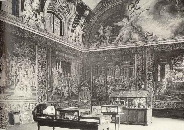 Ausstellung des Hildesheimer Dommuseums im Rittersaal.